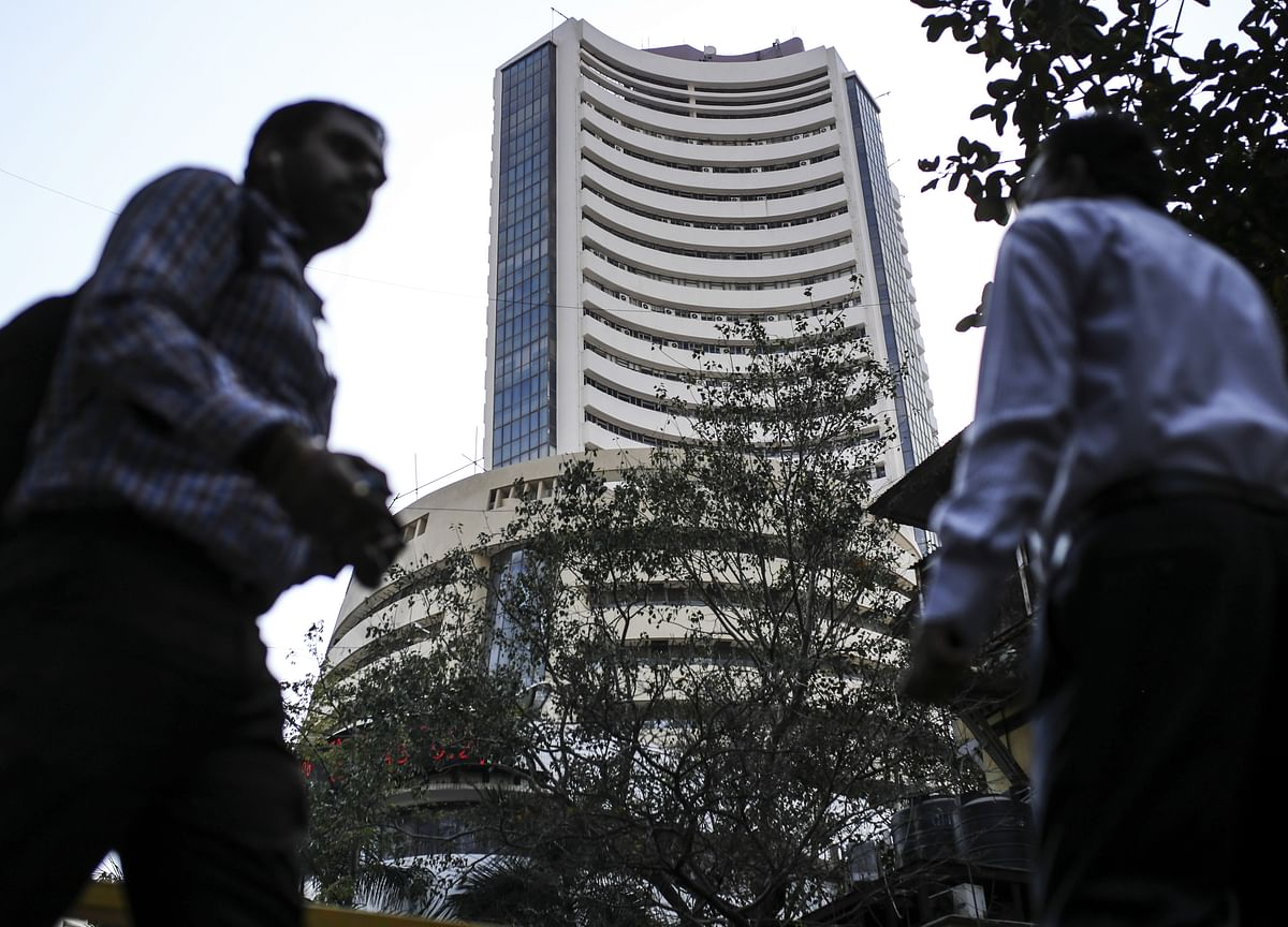 Sensex Holds On To Gains, Nifty Not So Lucky