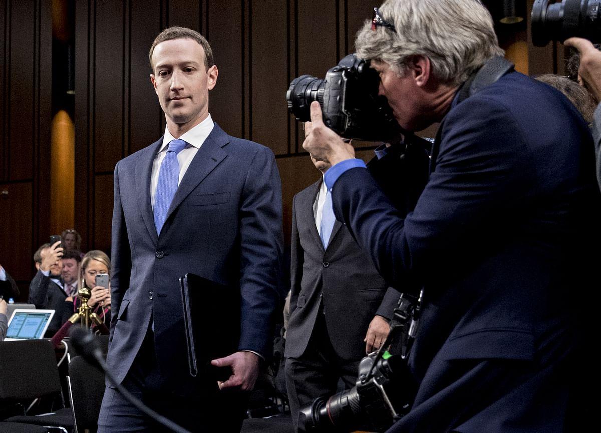 Zuckerberg Says Facebook Cooperating With Mueller's Russia Probe