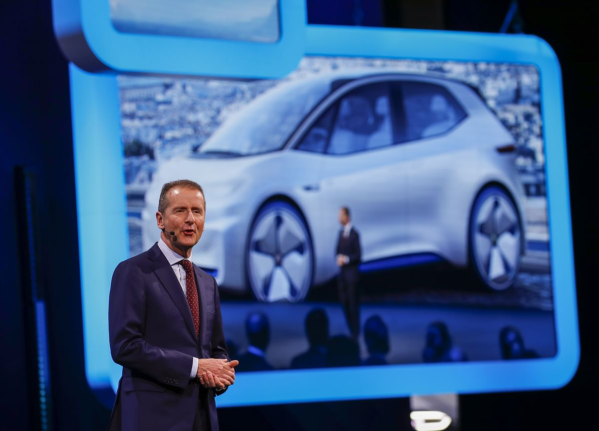 VW Gives the Auto Industry's Old Guard Hope