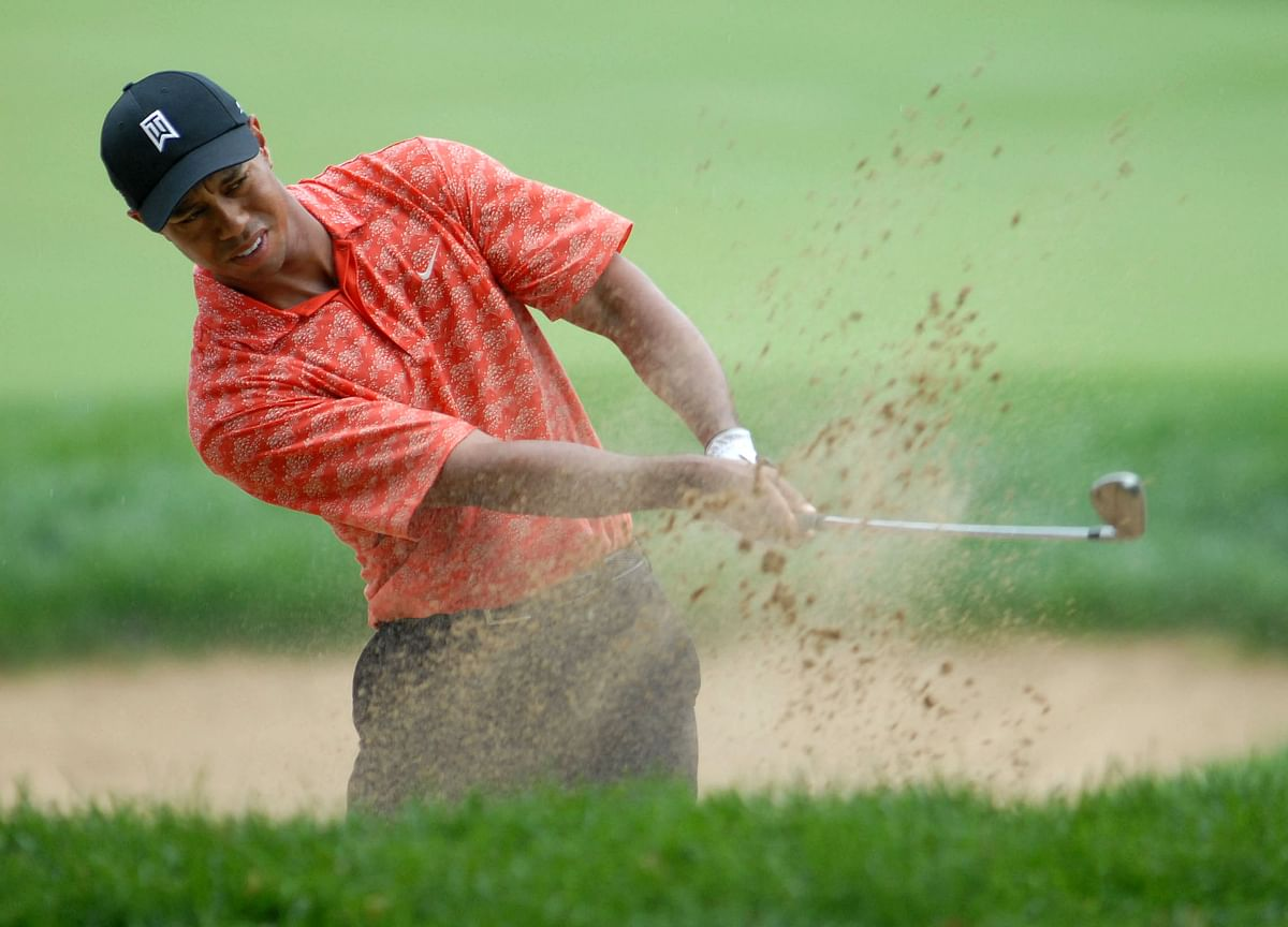Tiger Woods Completes Comeback, Taking First Title in Five Years
