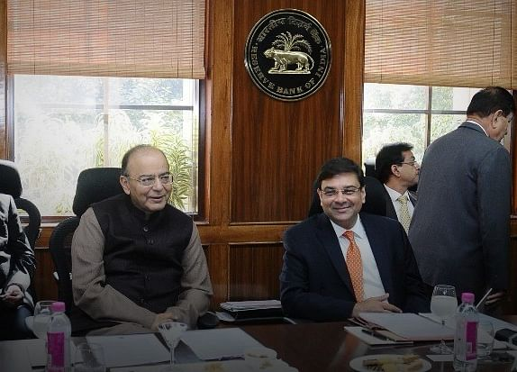 Government, RBI Lock Horns Over New Stressed Asset Rules