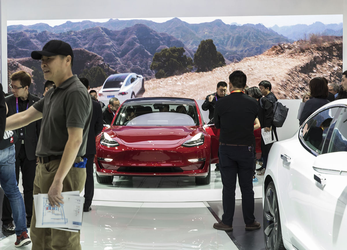 Tesla Engineering Chief Takes Break After Musk Displaces Him