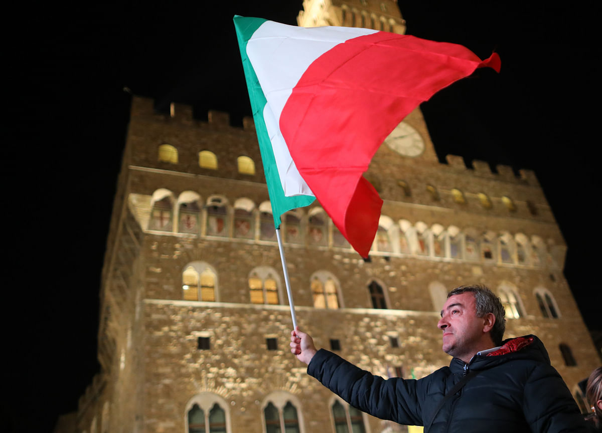 Italy's Populists Mobilize in Protest as Cabinet Is Drawn Up