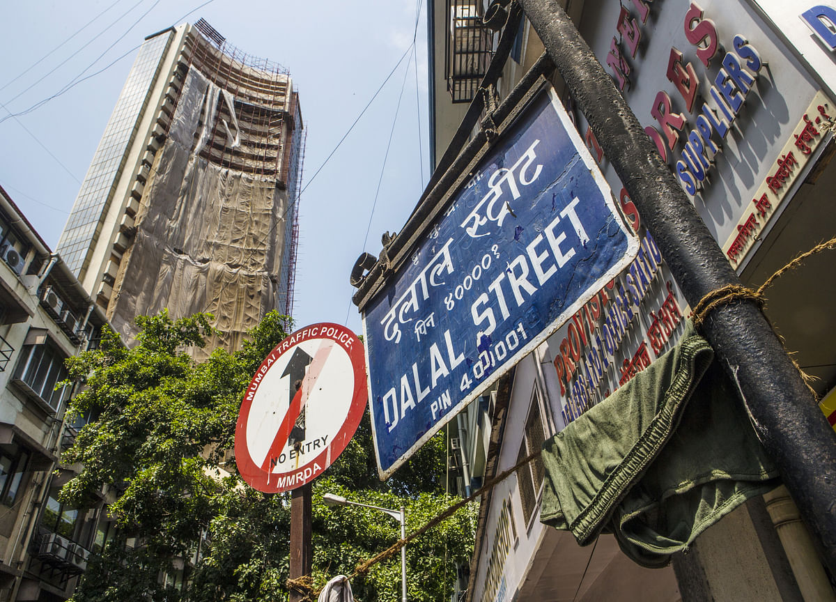 Sensex, Nifty Pause Ahead Of Karnataka Poll Outcome