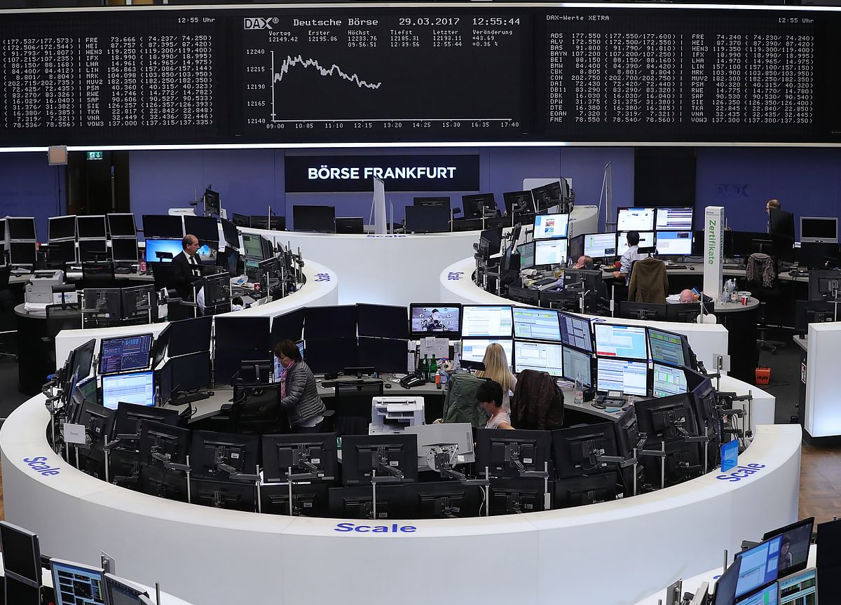 Investors in Dark as Singapore and India Fight Over Futures