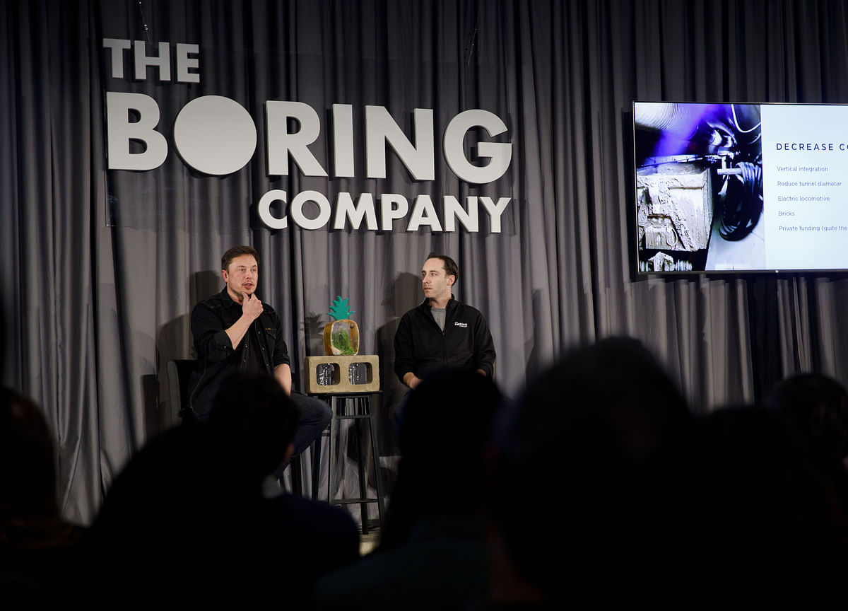 Musk Pitches 10-Minute Tunnel Ride From Dodger Stadium to LAX
