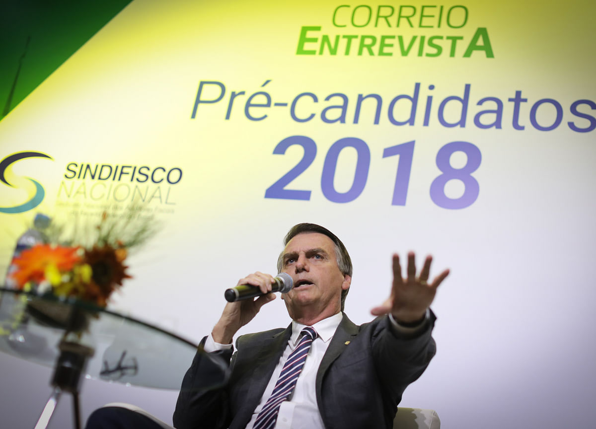 Far-Right Jair Bolsonaro Edges Ahead in Brazil Opinion Poll