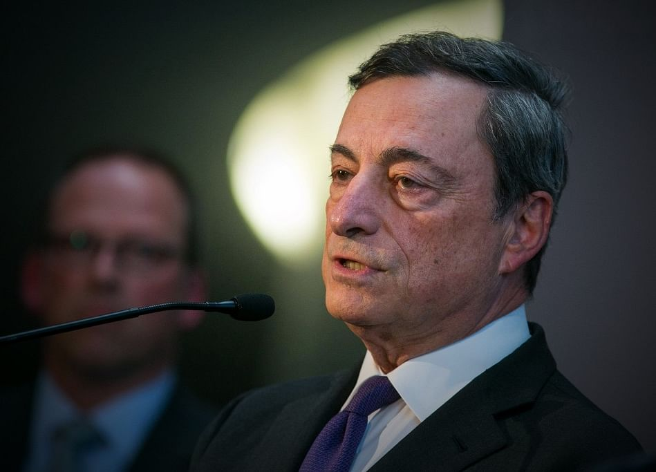 Draghi's ECB on Verge of Watershed for Its Bond Purchases