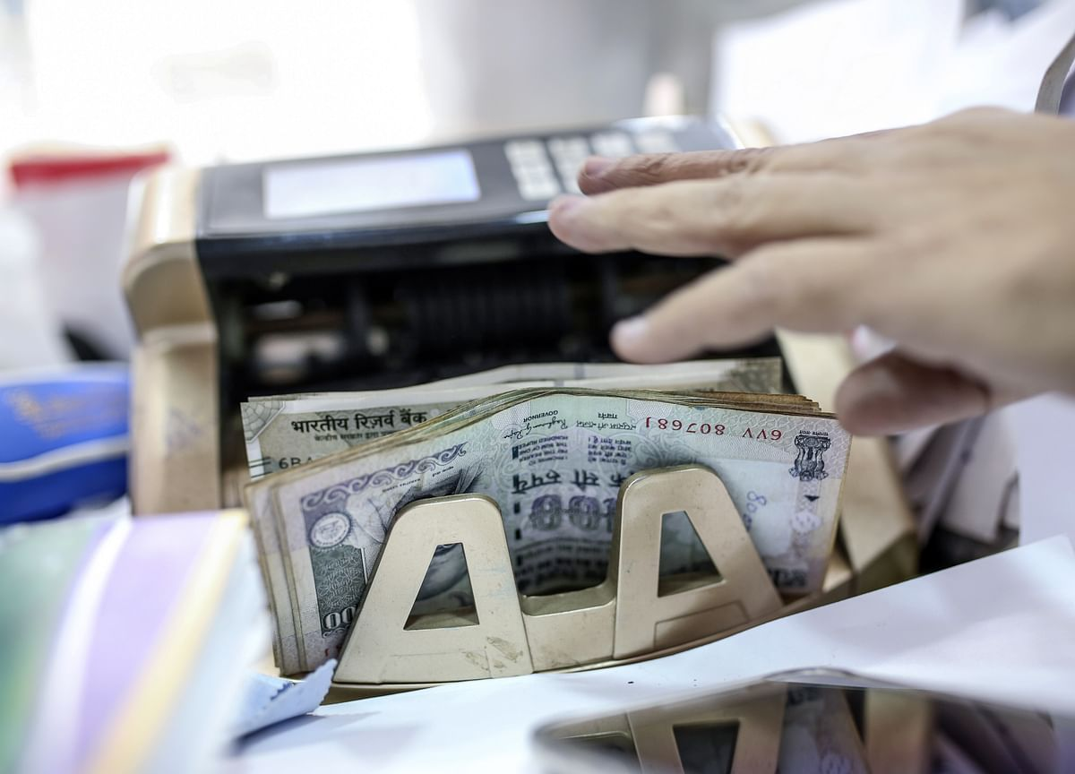 FPIs Ask Government To Rollback Higher Surcharge, Long-Term Capital Gains Tax