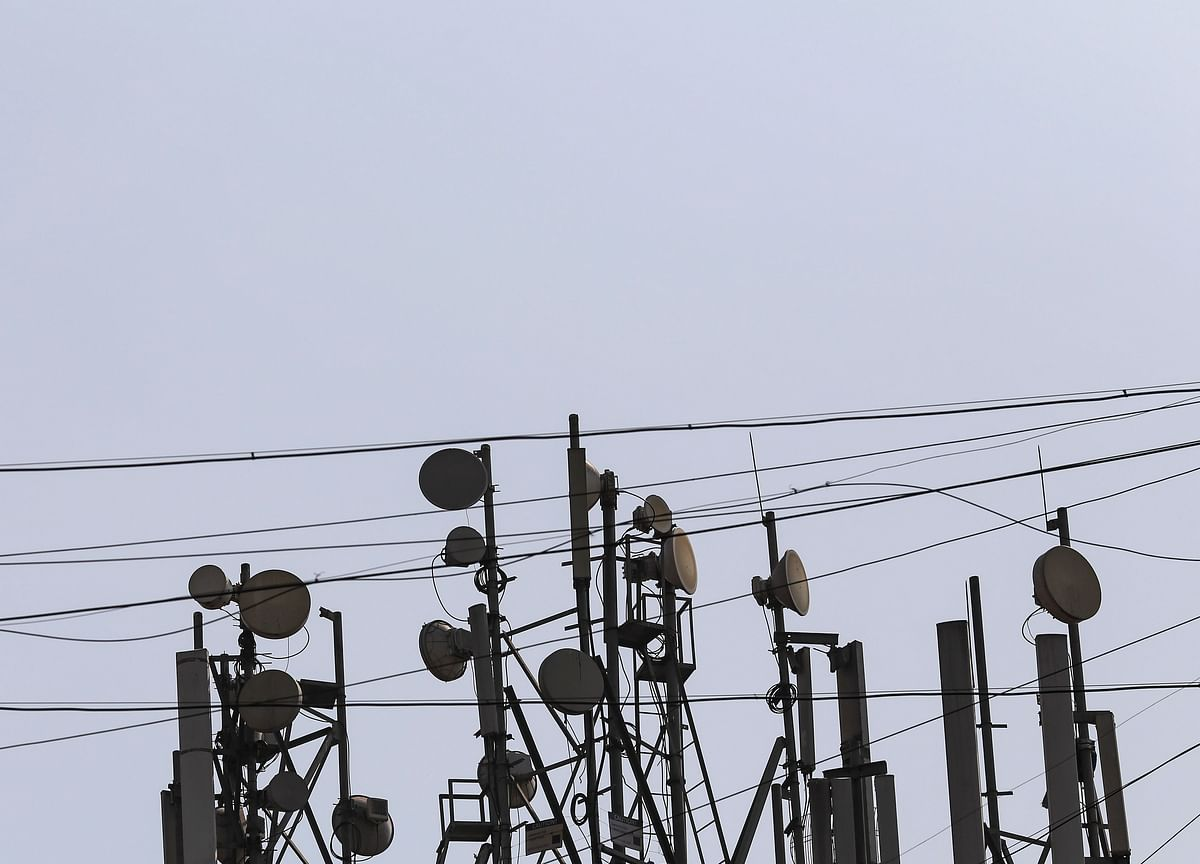 TRAI Close To Penalising Telecom Firms For Call Drop Violations In March Quarter