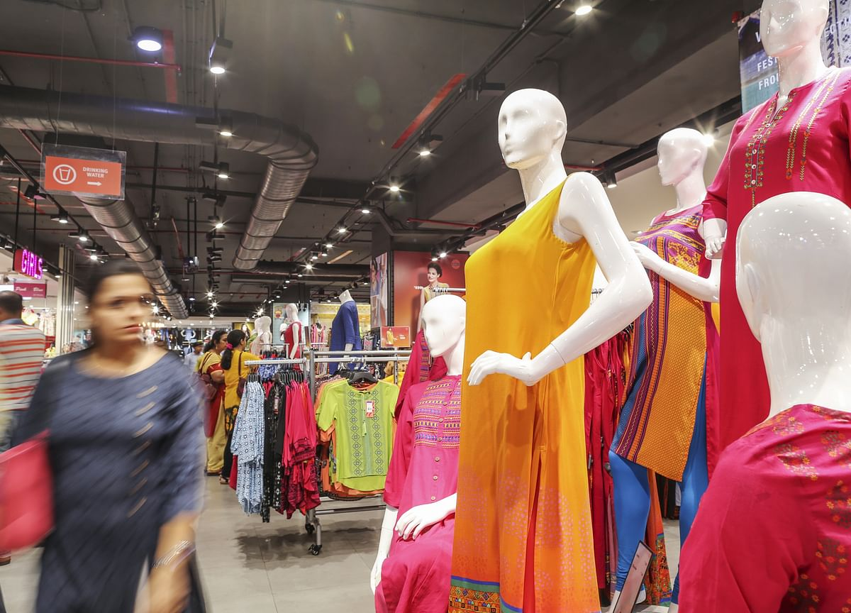 How India's Two Largest Retailers Square Off