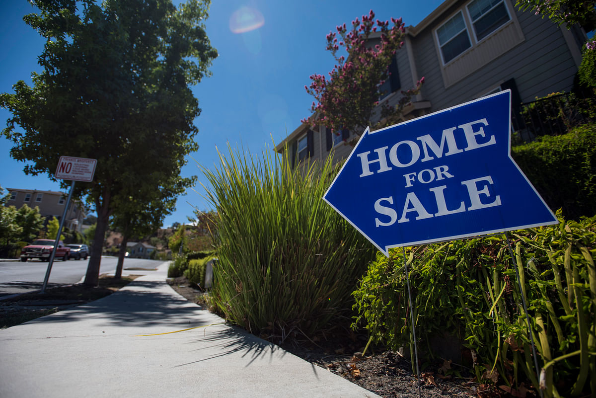 U.S. Pending Home Sales Increase for First Time in Three Months