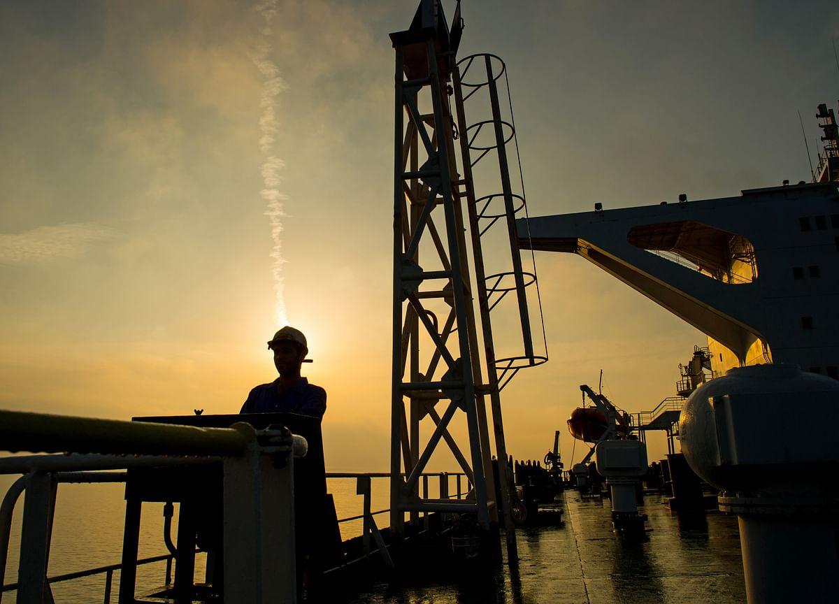 U.S. Warns Hong Kong to Avoid Tanker in Breach of Iran Sanctions