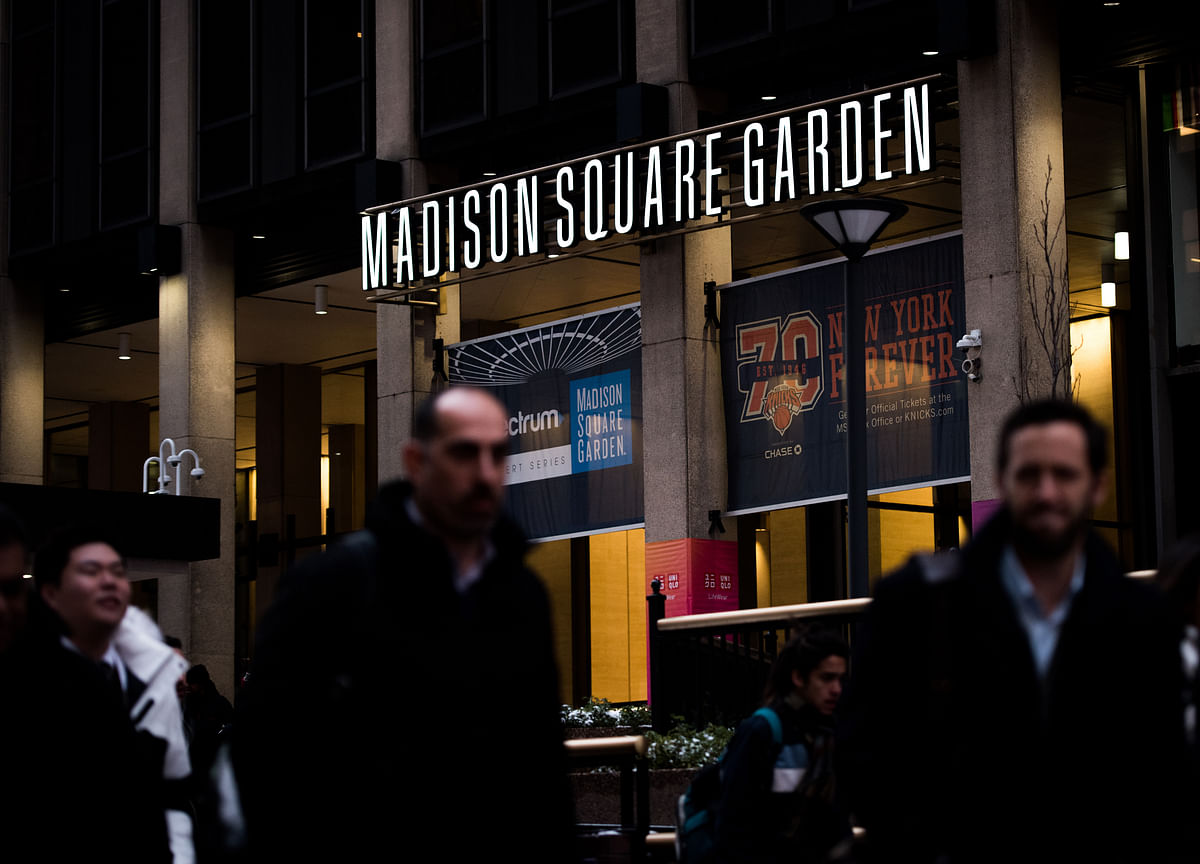 Madison Square Garden Spinoff Plan Sends Shares to Record High