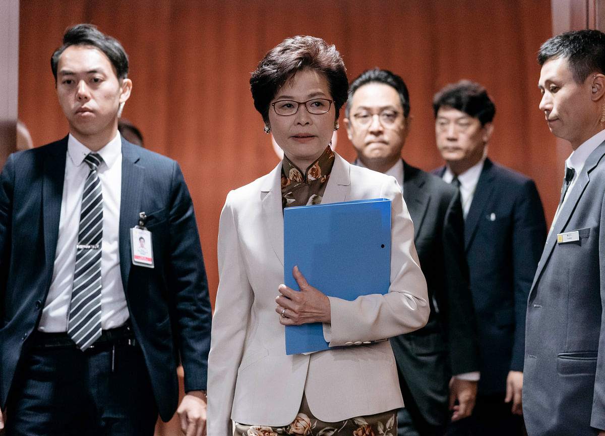 Strong Economy, Softer Touch Keep Hong Kong's Leader Above the Fray