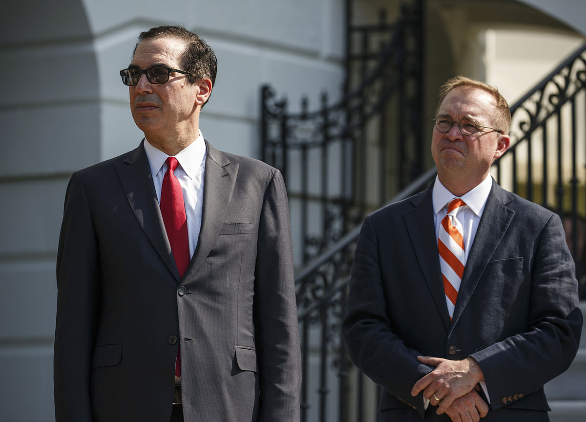 Mnuchin Outlook for Sustained 3% Growth at Odds With Forecasters