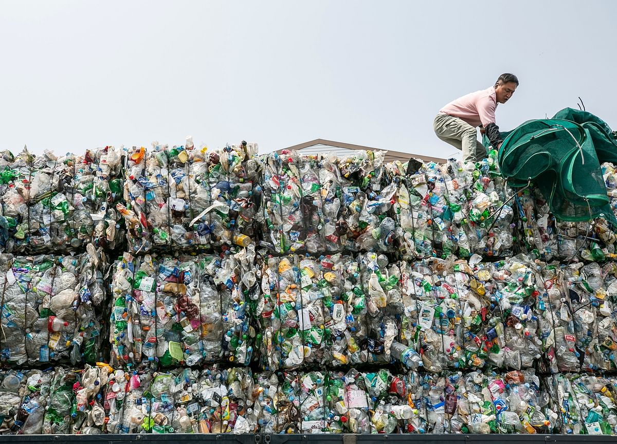 Indian Firms 'Slyly' Imported 1.2 Lakh Metric Tonne Plastic Waste, Says Report