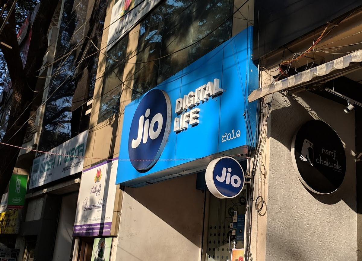 What Reliance Jio's U-Turn On Voice Calls Signals For Telecom Industry