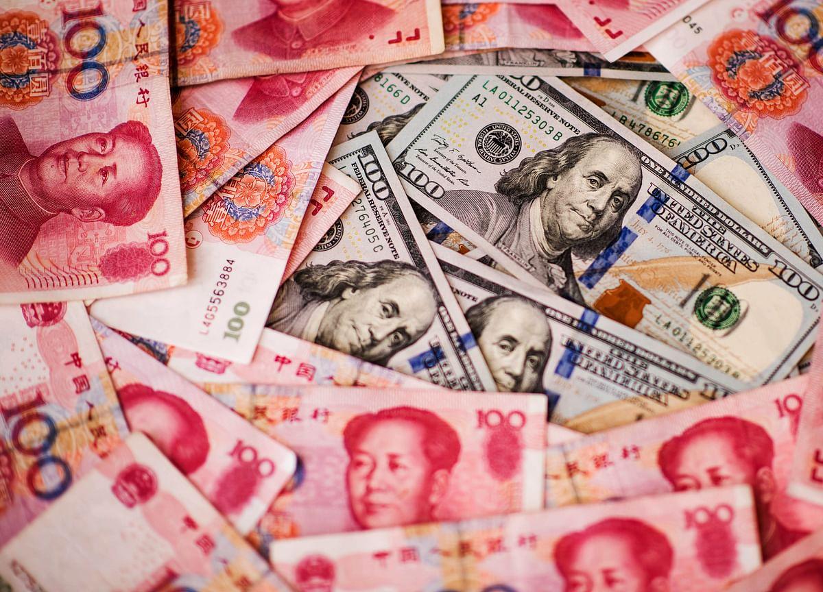 JPMorgan Sees All-Out U.S.-China Tariffs, Lowers Yuan Call