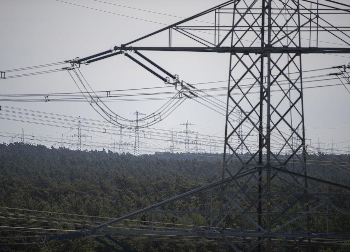 Uttar Pradesh To Hike Power Tariff By 12%, Discom Surcharge Scrapped