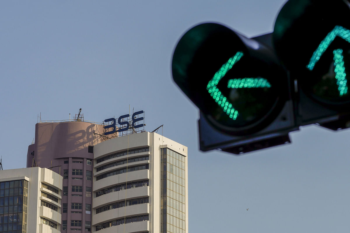 SEBI Introduces T+1 Settlement Cycle  For Stocks On Optional Basis