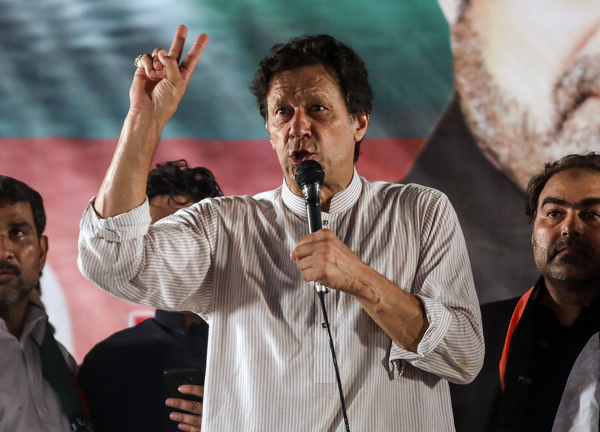 Imran Khan Says India, Pakistan Should Meet for Peace Talks