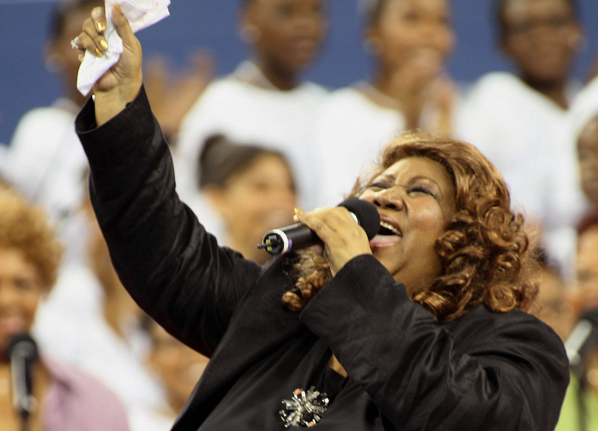 Aretha Franklin, Queen of Soul Who Spelled 'Respect,' Dies at 76
