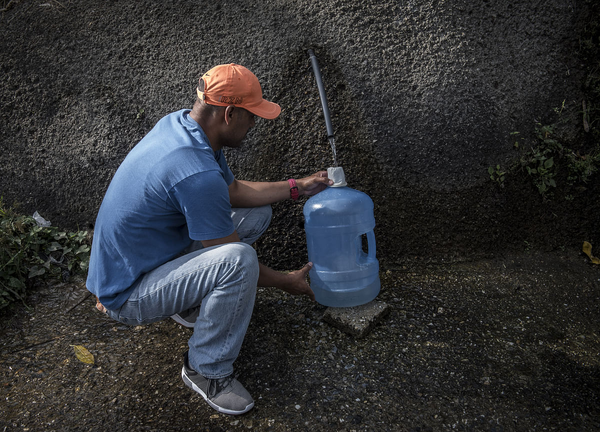 Life Without Water: Sweaty, Smelly, and Furious in Caracas