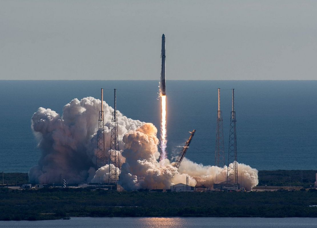 Musk's Private SpaceX Market Hints at Path to Tesla Buyout