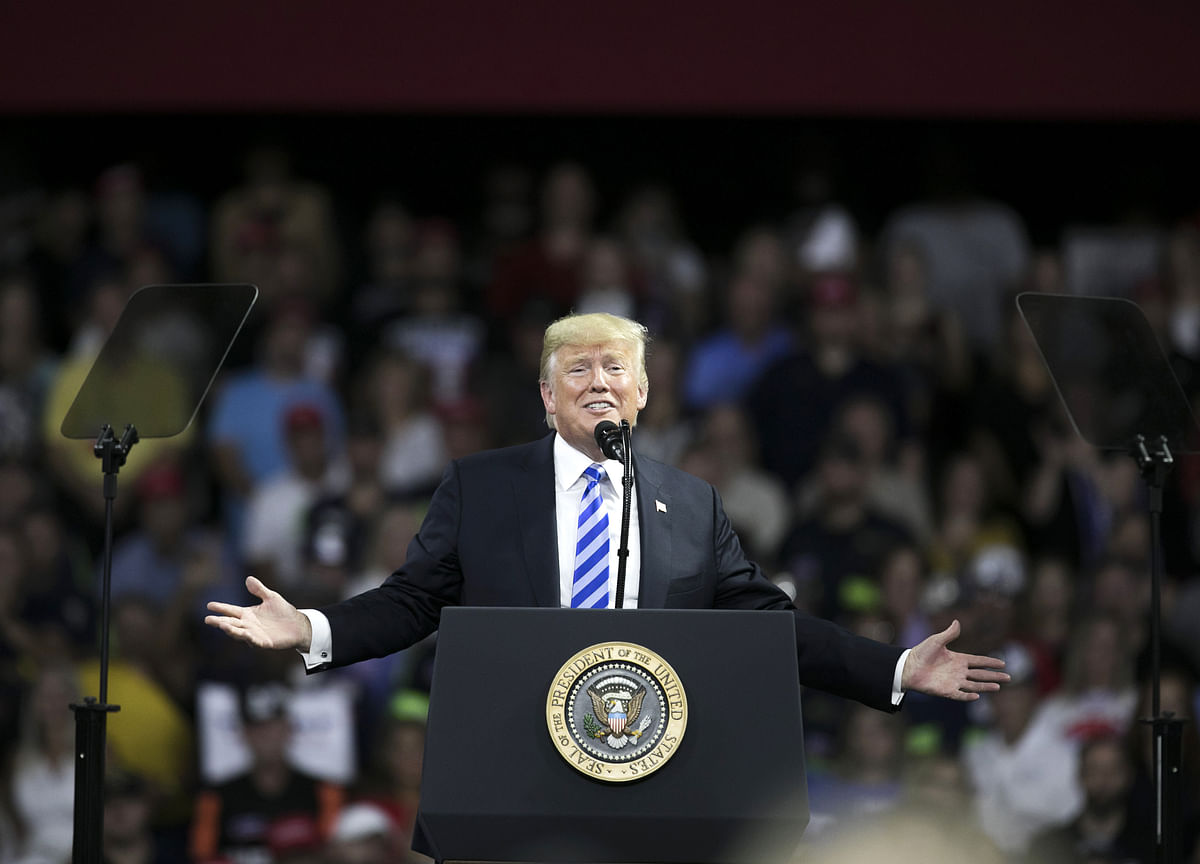Trump Associates'Legal Woes Have a Political Cost