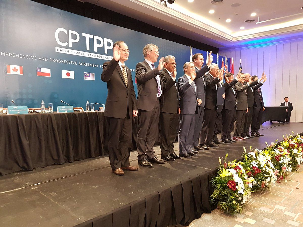 """Trade ministers of the 11 CPTPP countries after signing the agreement on March 8, 2018. (Photograph: <a href=""""https://twitter.com/ChileMFA"""">@<b>ChileMFA</b></a>/Twitter)"""