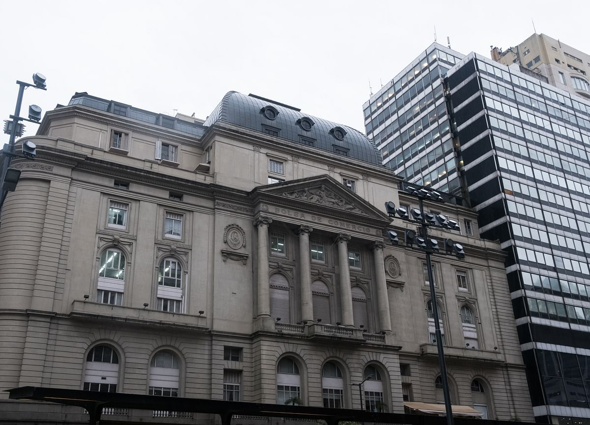 Judgment Day Awaits for Plan to Avert Argentina's Economic Crisis