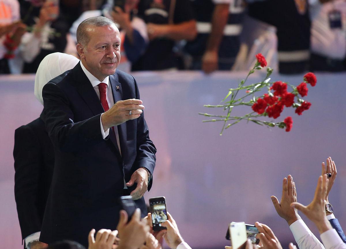 Erdogan Names Himself Turkey Wealth Fund Chairman in Shakeup