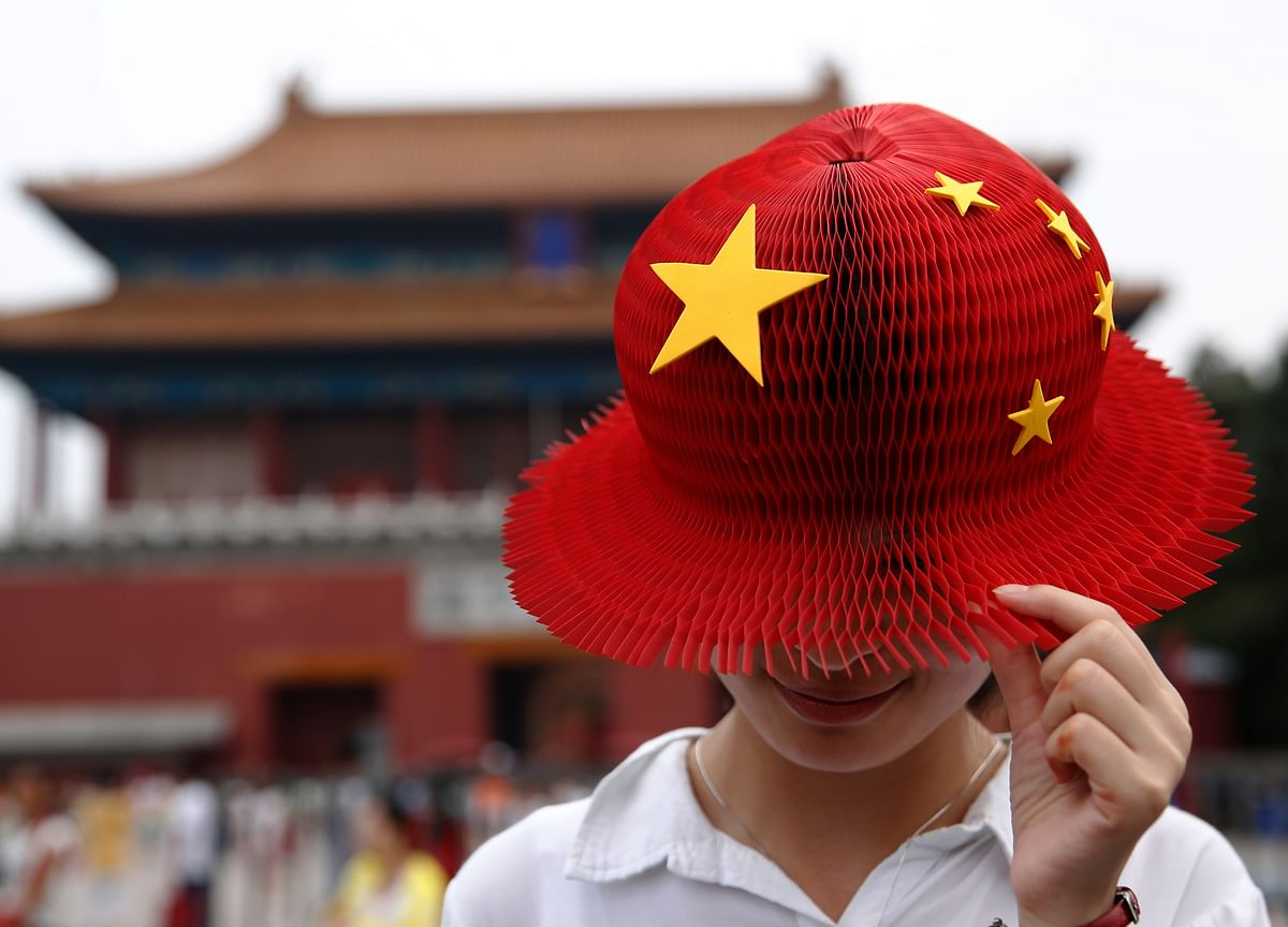 China Stands Between Emerging Market Turmoil and Global Pain