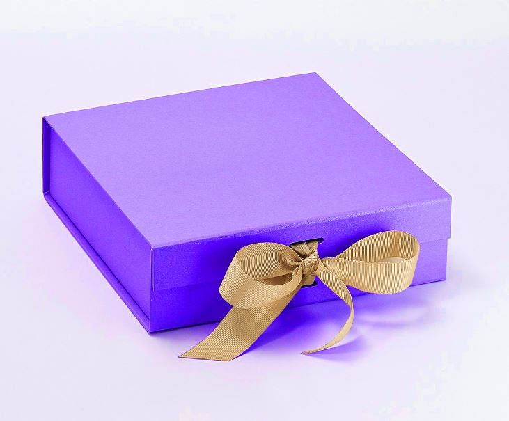 How Indian Business Leaders Choose Perfect, Personalized Corporate Gifts This Festive Season