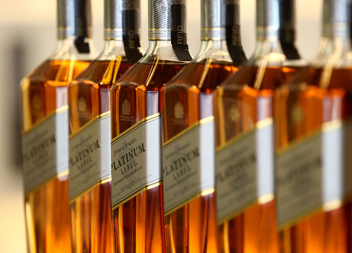 Diageo Says Alcohol Sales Improving as Bars Gradually Reopen