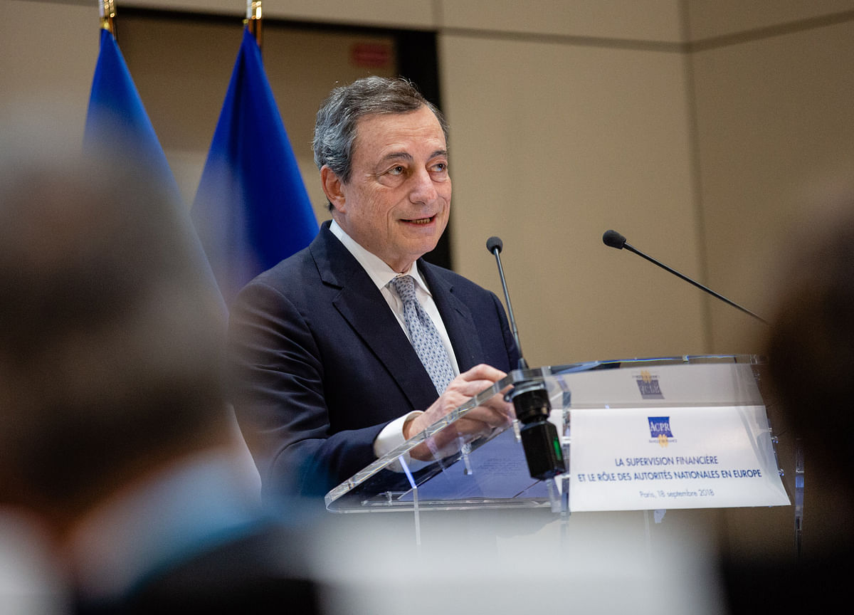 ECB Sticks to Plan to Rein in Stimulus