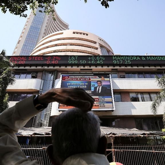 Foreign Investors Buy  Equities Worth Rs 5,156 Crore So Far This Month