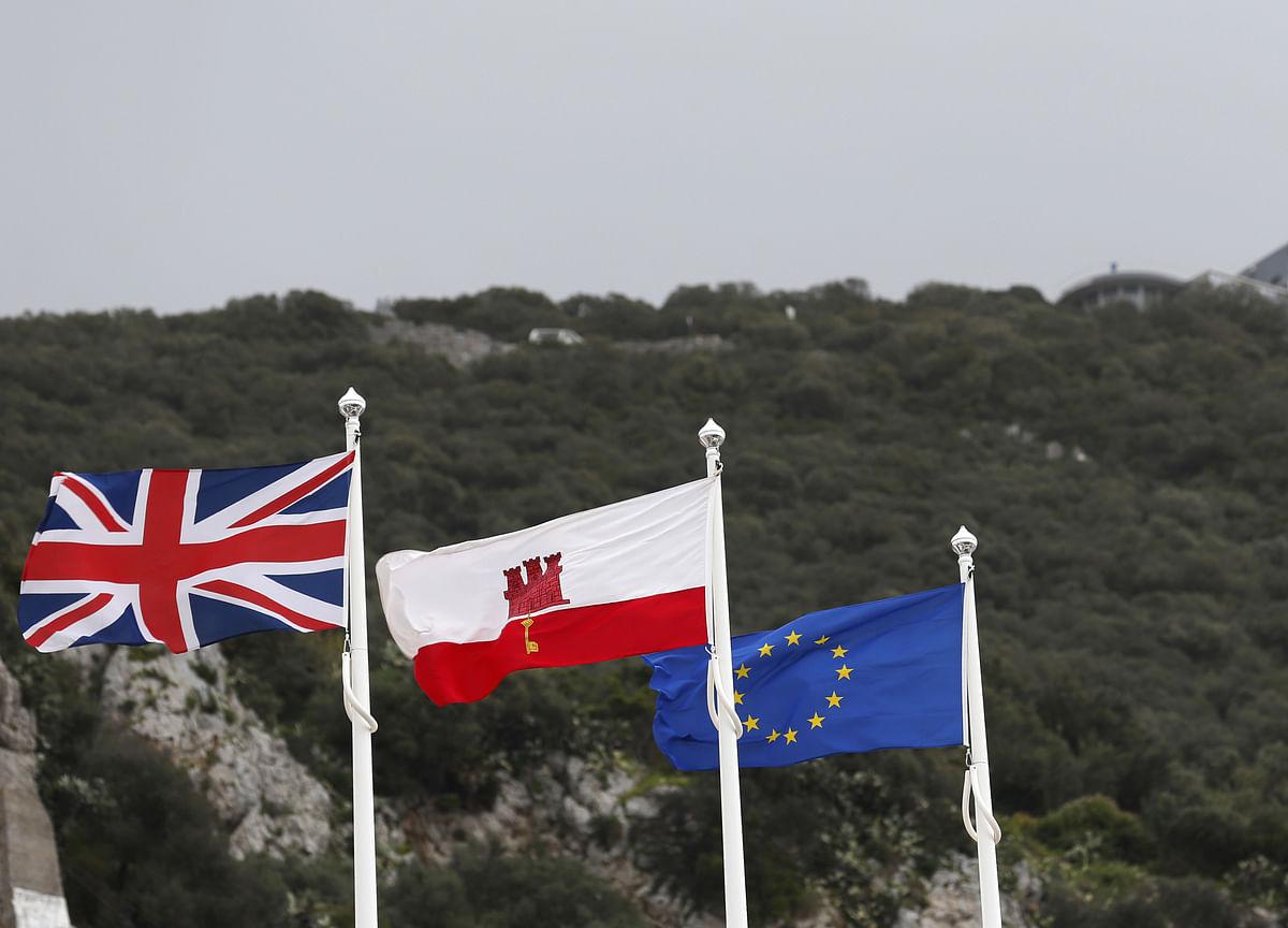 Spain Criticizes `Treacherous' Change Made to Brexit Text