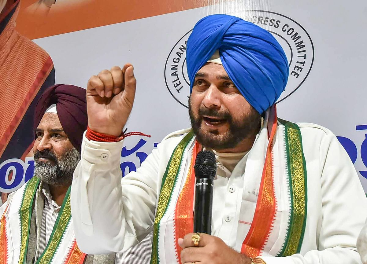 Navjot Singh Sidhu Resigns From State Cabinet