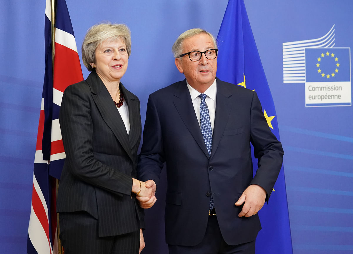 How EU Surprised Capitals and Helped May Cross the Brexit Line