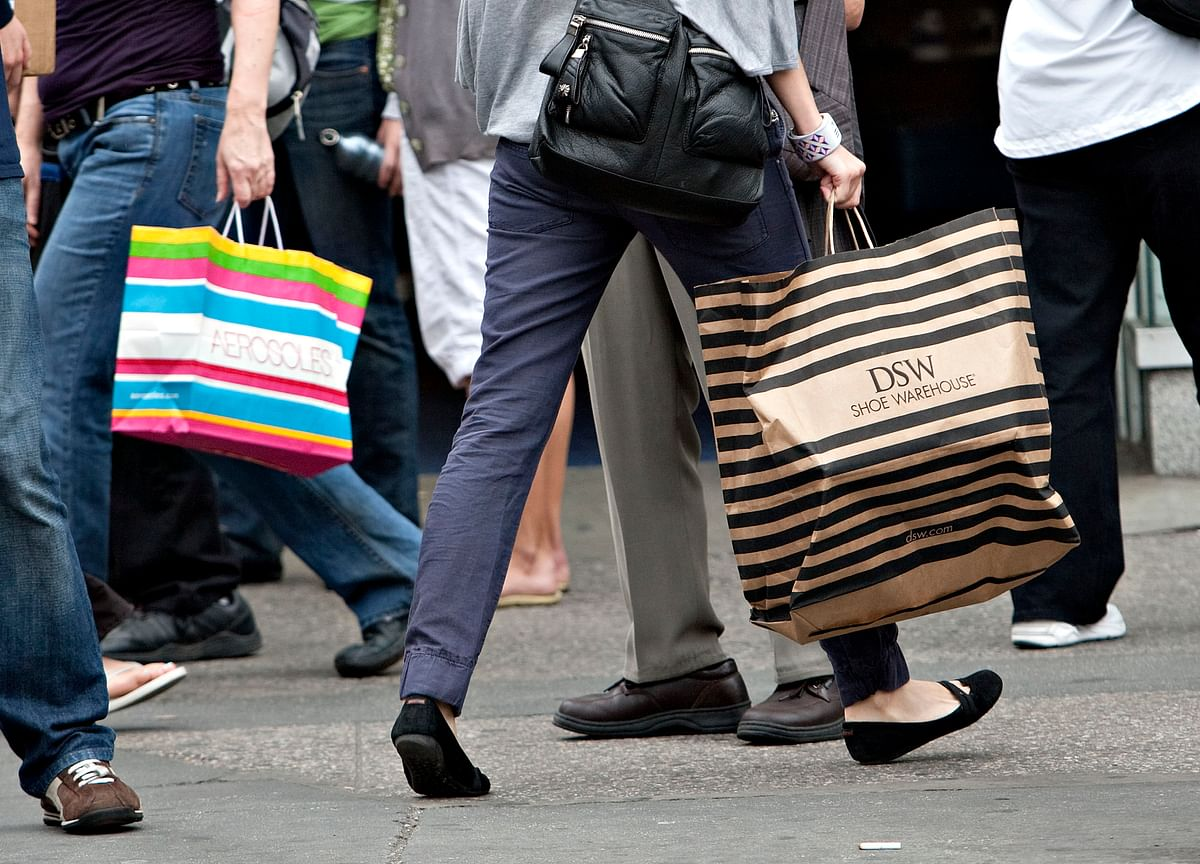 U.S. Consumer Confidence Drops to Five-Month Low