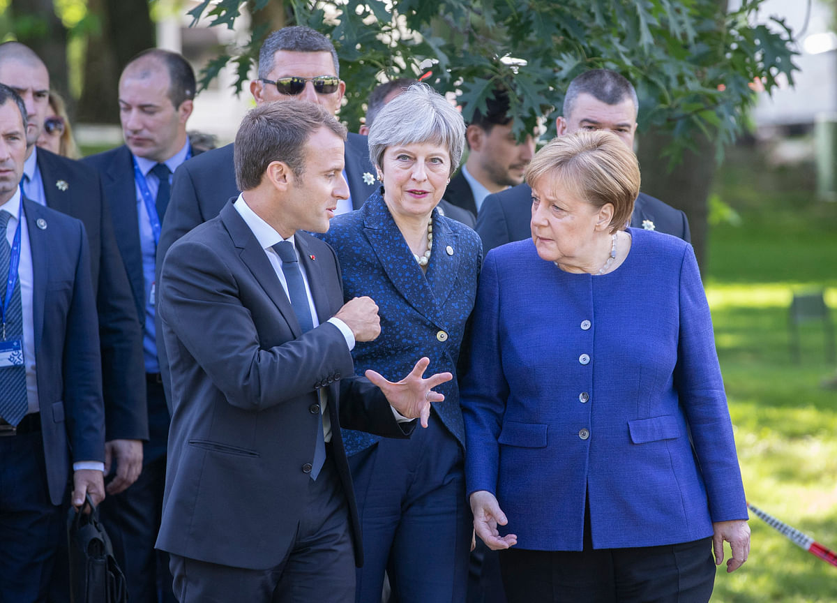 Disarray in Europe and U.S. Leaves a Hole Where 'the West' Was