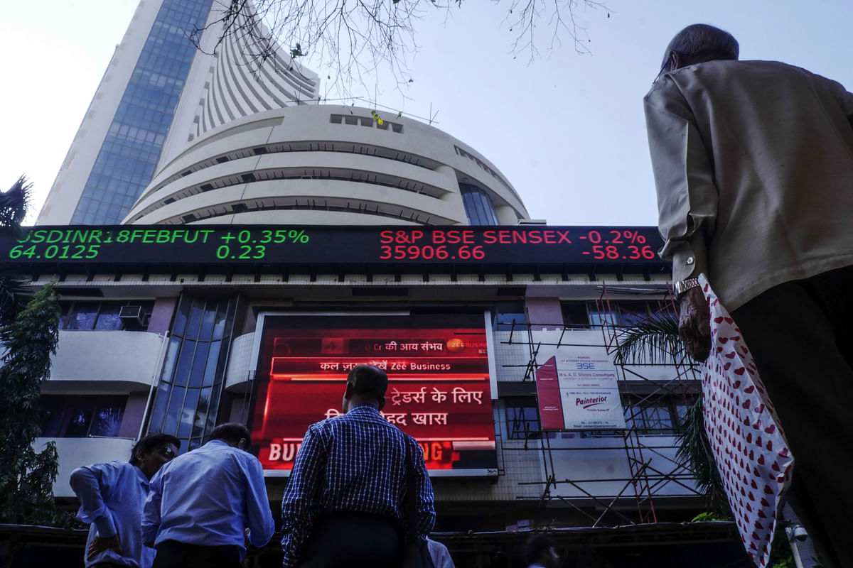 India's Sensex Snaps Winning Streak on Disappointment Over Fed