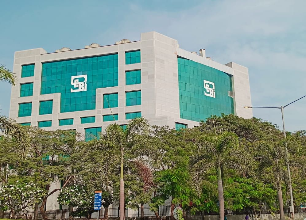 PwC Resignation as Auditor of Reliance Capital, Reliance Home Finance Comes Under SEBI, Government Scanner
