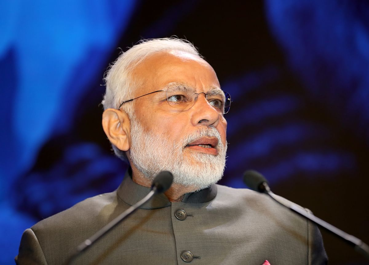 World Steps Up to Study India's Cash Ban While Modi Looks Away
