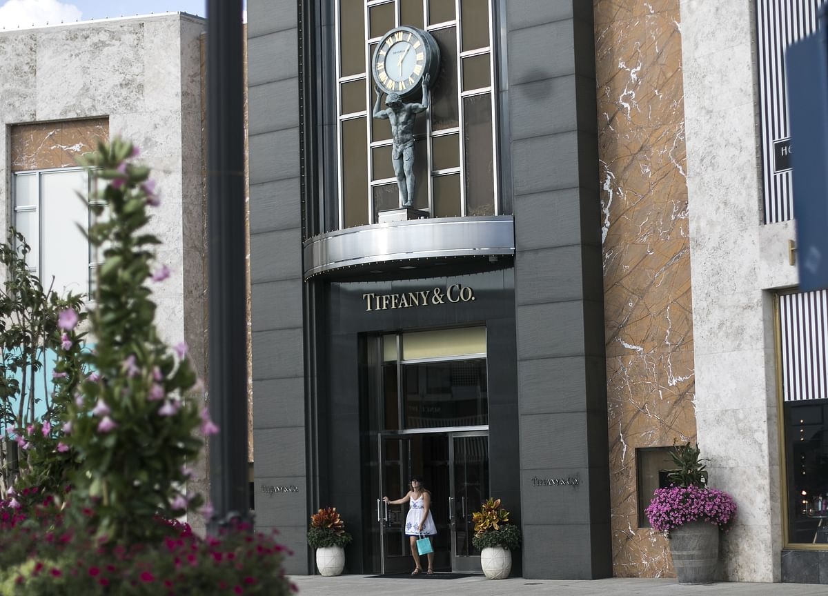Louis Vuitton Owner Offers $14.5 Billion for Jeweler Tiffany