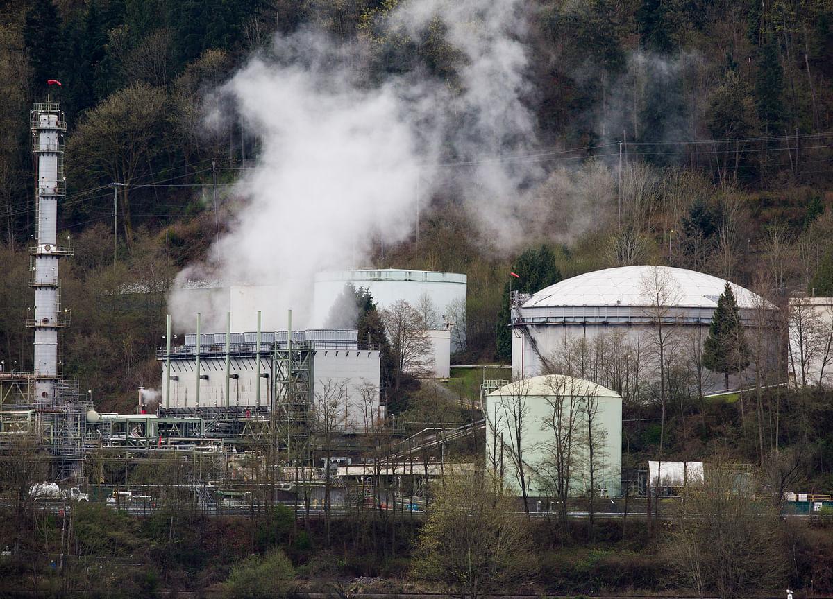 Chevron to Take $11 Billion Writedown Amid Weak Gas Prices
