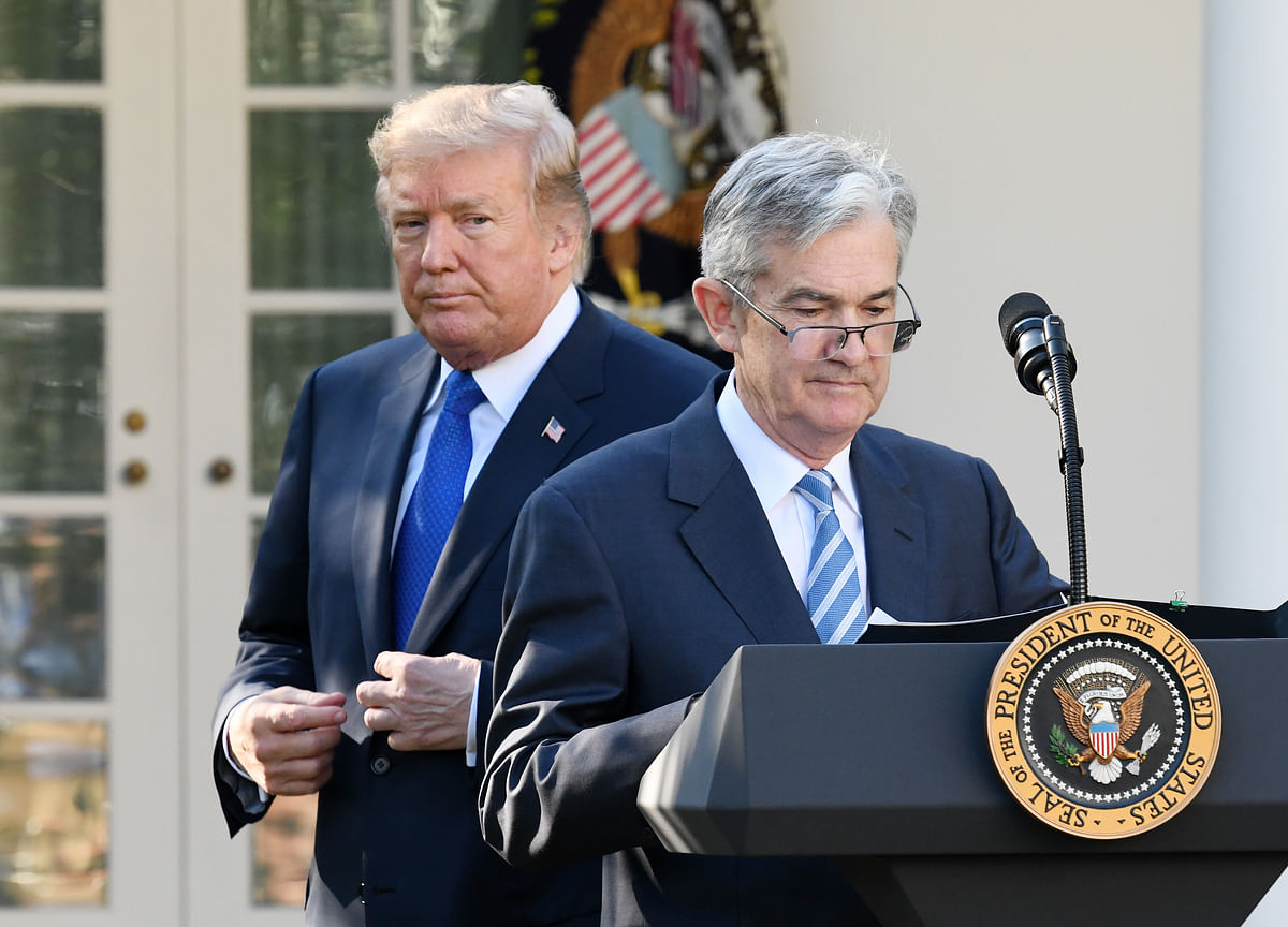 Trump Urges Steep Fed Rate Cut as Central Bankers Hold Meeting