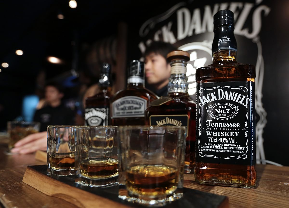 What the Rise in Whisky Insurance Tells Us About the Super Rich